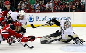 24sport: Devils v Penguins