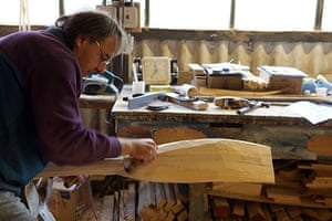 Disappearing Acts: Master craftsman Peter Martin makes an oar at J Sutton, Windsor, Berks