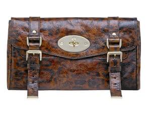 Key Trends: animal: Clutch bag