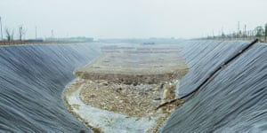 Beijing waste crisis: Beijing Fengdai district Younghe village landfill