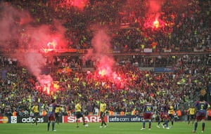 06 Champions League Final: Barcelona Fans Set Off Flares After Their Winning Goal