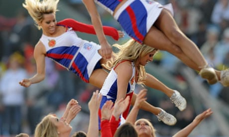 cheerleaders dating athletes