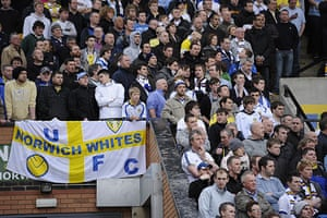 Norwich v Leeds: The Leeds fans start to feel anxious