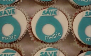 Save 6 Music protest: 6 Music fairy cakes
