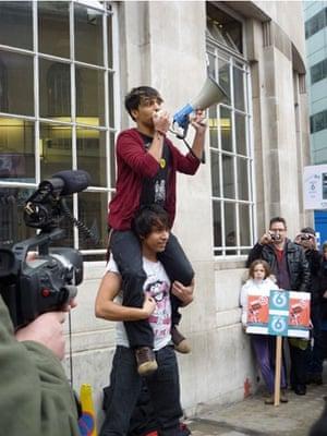 Save 6 Music protest: Mirrorkicks