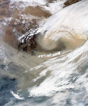 Satellite Eye: massive sandstorm over China