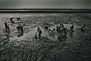 Oxfam auction: Photography Auction in aid of Oxfam's Samoan Tsunami Appeal