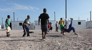 Blikkiesdorp, Cape Town: Youths playing football