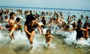 1975, JAWS