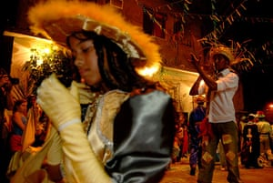 """Te Vejo Maré: Traditional music and dance are used to celebrate the """"Festas Juninas"""""""