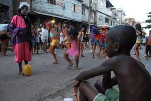 Te Vejo Maré: Fancy dress in the streets during Carnival