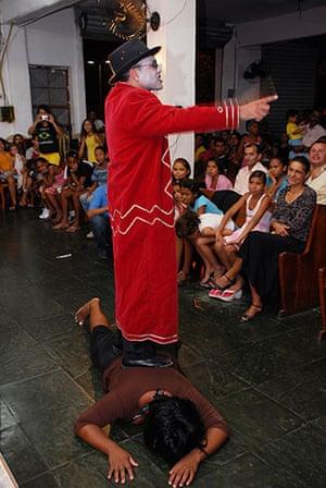 Te Vejo Maré: A theatrical presentation in the Evangelical Church Assembléia de Deus
