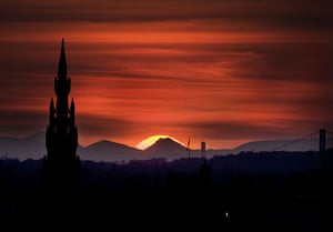Sunsets: Volcanic ash causes beautiful sunsets over the British Isles