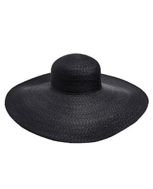 The fashion briefing: Wide-brimmed hat