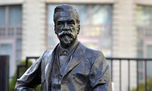 Statue of chemist Ernest Solvay outside the headquarters  in Brussels