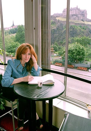 Literary Edinburgh: JK Rowling in an Edinburgh Coffee Shop