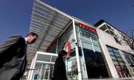 Tesco moves into house-building
