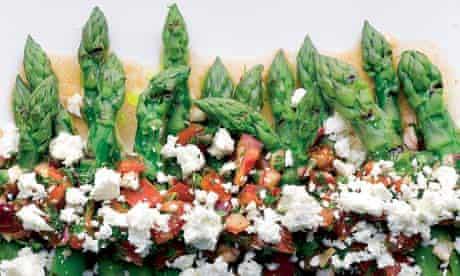 Asparagus with tomato salsa