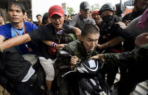 Thailand protests: violence escalates in Bangkok