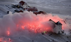 Iceland protest over bank collapse