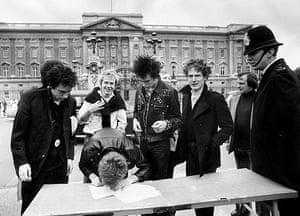 Malcolm McLaren: Malcolm McLaren death