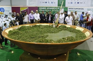 Big Food: Lebanese chefs prepare a giant tabbouleh