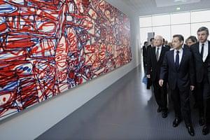 Metz Pompidou: Nicolas Sarkozy looks at a painting