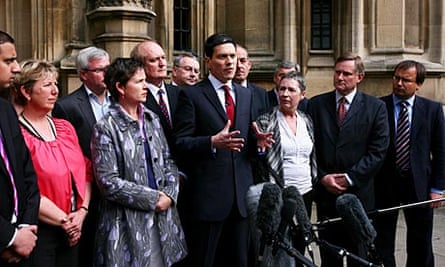 David Miliband announces his Labour leadership bid