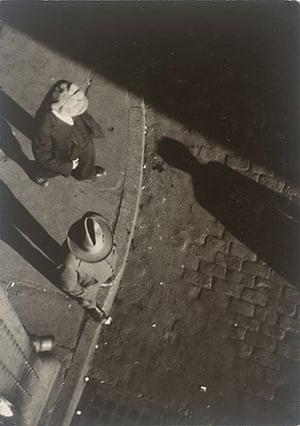 Exposed Tate Modern: Street Scene, New York, 1928, Walker Evans