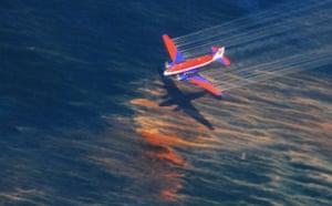 Deepwater Horizon: Oil Spill Begins To Reach Land: oil dispersant over an oil discharge
