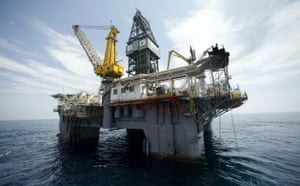 Deepwater Horizon: Gulf Oil Spill Begins To Reach Land As BP Struggles To Contain Leak