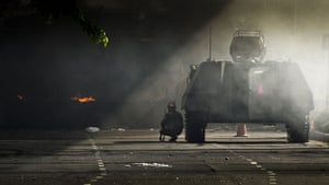 protests in Thailand: Soldiers and armored personnel carriers near Lumpini Park