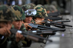 protests in Thailand: Soldiers take position near the protesters camp