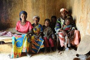 Niger Children: Nana with her five children at home, Chabar, Tessaoua, Niger
