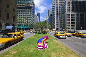 Global animal sculptures: A cow in Manhattan