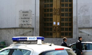 Paris art theft: Police officers stand at the entrance of the Paris Museum of Modern Art