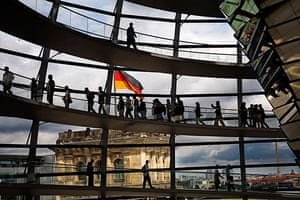 Norman Foster: The Reichstag building reconstructed by Norman Foster and Partners