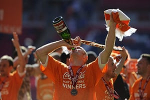 Play Off Final: Stephen Crainey celebrates Blackpool's victory