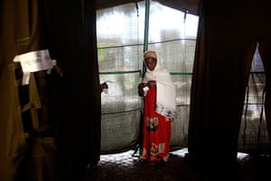 Ethiopia elections: An Ethiopian woman waits to cast their vote in Nazret