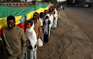Ethiopia elections: Ethiopians queue to cast their ballots at a polling station in Addis Abab