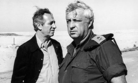 Shimon Peres (left) with Ariel Sharon