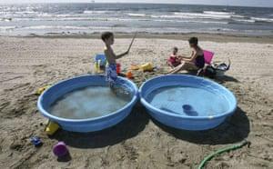 Update oil spill: Deepwater Horizon Oil spill impact on Louisiana coastline