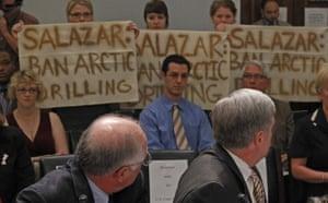 Update oil spill: Deepwater Horizon Oil spill : Ken Salazar and David Hayes