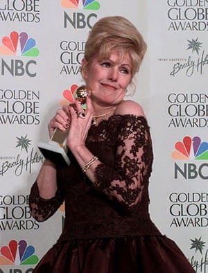 Lynn Redgrave: Lynn Redgrave holds her award for Best Supporting Actress