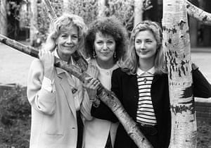 Lynn Redgrave: Sisters Vanessa (left) and Lynn Redgrave with Joely Richardson