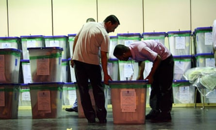 Iraqi election committee to recount votes