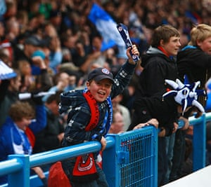 Chesterfield : A young Chesterfield fan cheers on his team