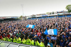 Chesterfield : The fans say their final goodbyes and take photos