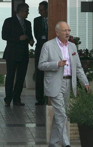 Bilderberg power people: Victor Halberstadt, Bilderberg steering committee