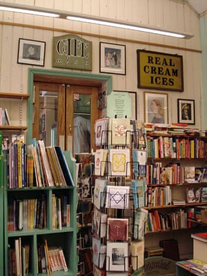 Bookshops: Joseph's Bookstore and their cafe